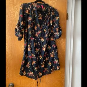 Pure Energy floral pin tucked tunic 2X